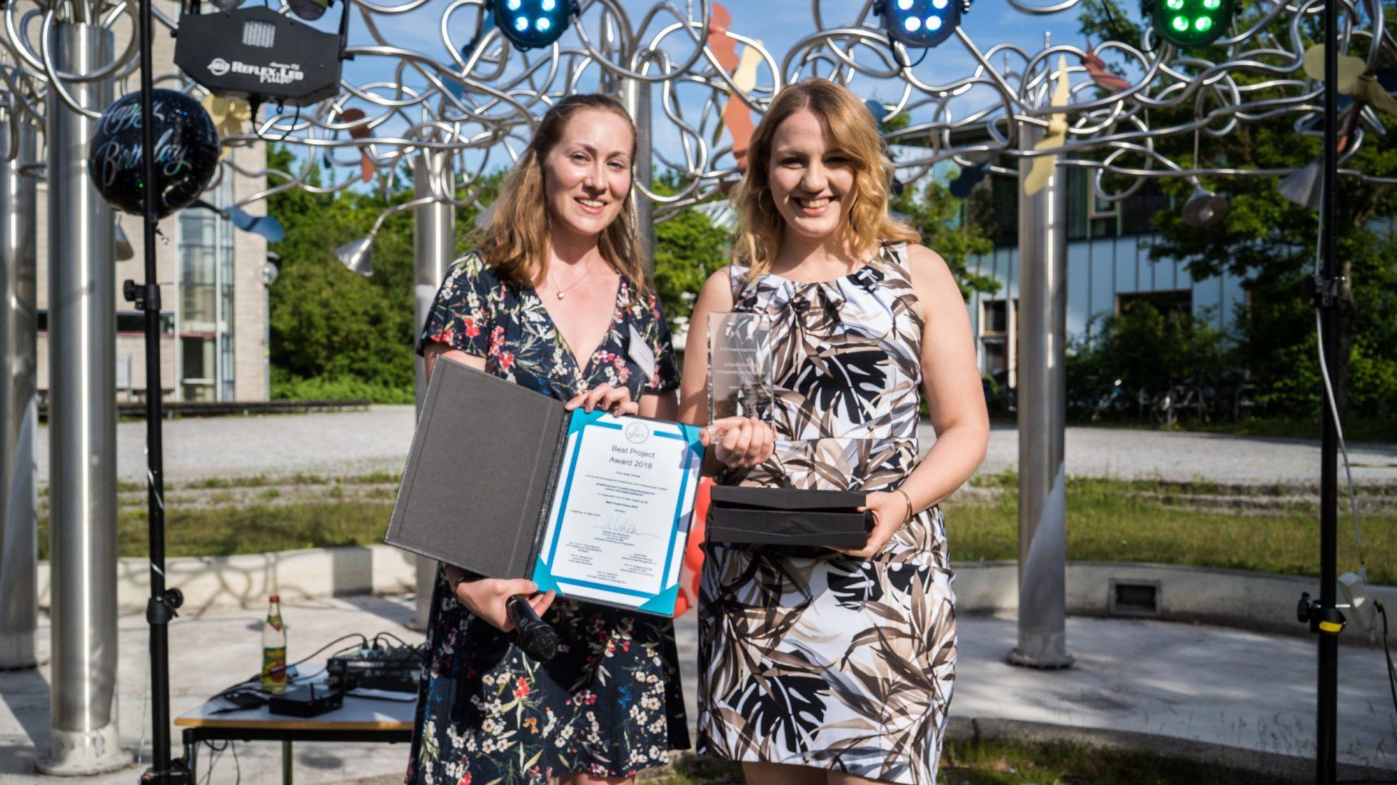 Best Project Award 2018 geht an Tanja Cermak bei der 10 Jahres Feier von GBM. | © Universität Augsburg